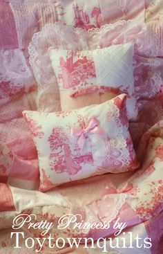 Disney Princess Fabric Vintage Chenille Pink by Toytownquilts