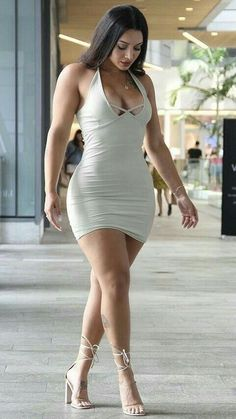 Curvy Outfits, Sexy Outfits, Sexy Dresses, Girl Outfits, Curvy Women Fashion, Girl Fashion, Pernas Sexy, Vestidos Sexy, Femmes Les Plus Sexy
