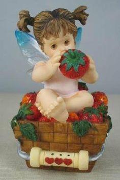Little Berry Fairie - http://cutefigurines.net/my-little-kitchen-fairies/little-berry-fairie/