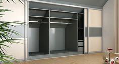 deineSchiebetür.de  Dachschrägen-Flächen bis auf den letzten Winkel für Stauraum nutzen. Hier wird das Schranksystem ordentlich mit einer Schiebetür verschlossen, welche oben abgeschrägt ist. Die Abschrägung ermöglicht das Anbringen einer Schiebetür auch an schrägen Wänden!