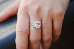 Rose gold engagement ring. Peach sapphire 2.58ct by EidelPrecious