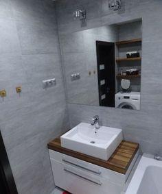 Maciej_D -> galeria -> szara łazienka z elementami drewna -> Łazienkowe inspiracje, aranżacje łazienek - galeria zdjęć i filmów Interior Inspiration, Toilet, Sweet Home, Vanity, Bathroom, Google, Ideas, Bath, Dressing Tables