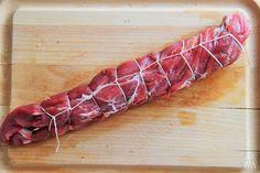 V kuchyni vždy otevřeno ...: Panenka plněná mozzarellou, sušenými rajčaty a sušenou šunkou Mozzarella, Sausage, Meat, Sausages, Chinese Sausage