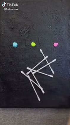 canvas painting ideas for kids & canvas painting ideas Canvas Painting Projects, Diy Canvas Art, Diy Painting, Art Projects, Kids Canvas, Painting On Black Canvas, Simple Canvas Paintings, Bubble Painting, Art Drawings For Kids