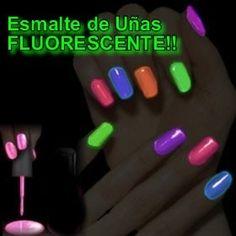 Uñas fluorescentes. Glow nails disco! Ya disponibles en @PAZFRANCOf_m