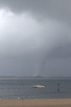 2 tornadoes strike in NYC - Yahoo! News