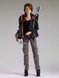 THE FASHION DOLL REVIEW: Hunger Games dolls from Tonner