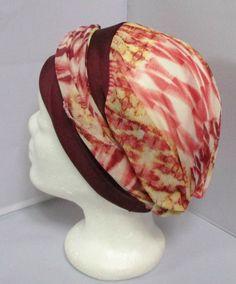 Turban préformé - Foulard cheveux - chapeau - bandeau chimio tons rouge  enlacé d un bandeau bordeaux adc9da3a21f