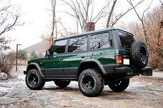 Mitsubishi Pajero -> Hyundai Galloper -> Mohenic Garages redesign - MohenicG Original​ Off-Look ver. BRITHISH RACING GREEN. www.the.co.kr