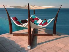 I could spend all day in this hammock!