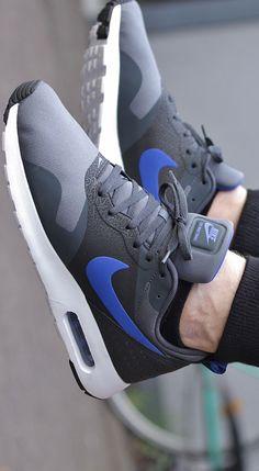 Nike Air Max Tavas: Grey/Blue