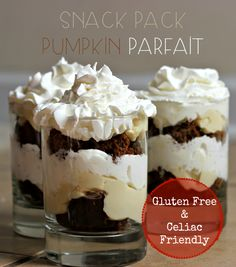 - Snack Pack Pumpkin Parfait {Recipe} Yummy and quick snack for after school with gluten free options. Fun Desserts, Delicious Desserts, Dessert Recipes, Drink Recipes, Snack Pack Pudding, Parfait Recipes, Gluten Free Sweets, Quick Snacks, Fall Recipes