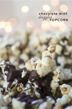 I know, Thanksgiving is tomorrow & I may be getting ahead of myself making our Christmas popcorn, but I think the weekend after Thanksgiving is a great time to start thinking about the edible treats you may want to make … Continue reading → Holiday Snacks, Christmas Desserts, Christmas Treats, Christmas Cookies, Holiday Ideas, Vegan Snacks, Vegan Desserts, Snack Recipes, Dessert Recipes
