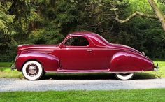 "The Jalopy Journal recently posted a ""listicle"" of The Ten Most Beautiful Cars of the 1930s. When it comes to beauty, you know it's the subjective opinion of one person."