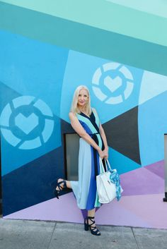 LIKEtoKNOW.it wall in San Francisco, midi color block dress, bold stripes, style over 40, how to dress a pear shape, bloggers over 40, Bay Area bloggers