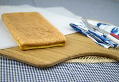 Sponge Cake / @DJ Foodie / DJFoodie.com