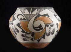 "Native American Vintage Acoma Poly Chrome Pottery Olla, ""Ca Native American Pottery, Native American Indians, Native American Paintings, Native Indian, Native Art, Native Americans, Indian Art, Pottery Bowls, Pottery Art"