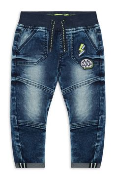 Enlarged photo Baby Jeans, Denim Jeans Men, Jeans Pants, Kids Fashion Wear, Denim Fashion, Junior Fashion, Kids Pants, Men's Coats And Jackets, Boys T Shirts
