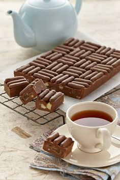 Whip up this delicious chocolate Peanut Butter Fudge and decorate with delicious Cadbury Chocolate Mini Finger Biscuits.