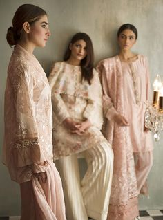 From traditional classic to modern chic, Nida Azwer's luxury collection was a total hit this season! Textured fabrics, detailed embroideries and 3D embellishments-this collection left us in a…