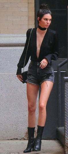 Nothing to hide: Kendall Jenner, left little to the imagination as she stepped out in NYC topless under a shirt left open to the waist and a pair of tiny dark denim Daisy Dukes and black ankle boo (Top Moda Boots) Kendall Jenner Estilo, Kendall Jenner Outfits, Kylie Jenner, Street Style Outfits, Fashion Outfits, Womens Fashion, Fashion Trends, 90s Fashion, Style Fashion