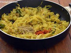 Kobi Batata Nu Shaak , Aloo Patta Gobhi recipe, Cabbage Potato Vegetable Cabbage And Potatoes, Cubed Potatoes, Potato Vegetable, Vegetable Recipes, Gujarati Recipes, Quick Snacks, Coriander, Curry