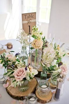 wedding table decorations 427490189619679024 - 25 Rustic Outdoor Wedding Ceremony Decorations Ideas Source by laureenbrotzman Wedding Reception Ideas, Wedding Ceremony Decorations, Our Wedding, Dream Wedding, Trendy Wedding, Hall Decorations, Wedding Planning, Flower Table Decorations, Wedding Ring