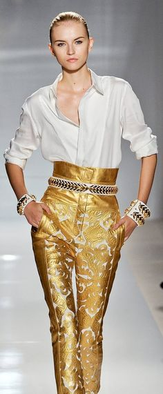 ~ Living a Beautiful Life ~ Balmain RTW Spring 2012 Fashion Details, Fashion Tips, Fashion Design, Christophe Decarnin, Collection Couture, High Fashion, Womens Fashion, Mode Style, Beautiful Outfits