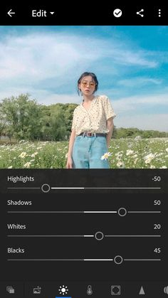 I like how they used the whites and blacks to create more contrast. Foto Editing, Photo Editing Vsco, Photography Filters, Vsco Photography, Lightroom Effects, Lightroom Presets, Lightroom Tutorial, Pretty Photos, Editing Pictures