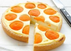 Ideas cookies moelleux recette for 2019 Tart Recipes, Cooking Recipes, Cooking Cake, Apricot Tart, A Food, Food And Drink, Biscuits, Cheese Pies, Romanian Food