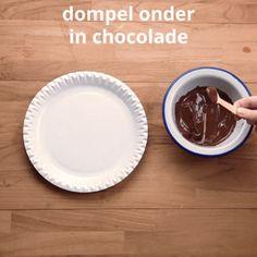 Mmm, maak zelf lepeltjes chocolademelk! | Radio 2, de grootste familie Pie Dish, Marshmallow, Pudding, Dishes, Desserts, Food, Tailgate Desserts, Deserts, Custard Pudding