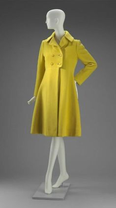 Coat    Arnold Scaasi, 1960s    The Museum of Fine Arts, Boston