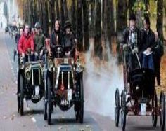 An Old Photo Of The London to Brighton Vintage Car Race Leave Central London England