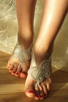 Hey, I found this really awesome Etsy listing at https://www.etsy.com/listing/190268970/rhinestone-anklet-butterfly-beach