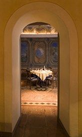 Breakfast Room in Hotel Pironi. Enjoy the pleasure to have breakfast in an ancient room with original frescoes