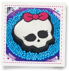 Leading supplier of party goods for birthdays, baby showers, theme parties, and Halloween. James Music, Cheesecake Cookies, Best Part Of Me, Monster High, Party Themes, Birthdays, Cupcakes, Halloween, City