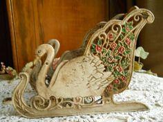 Swan Sleigh Decoration Christmas Scenes, Christmas Holidays, Horse Wagon, Horse Tack, Vintage Sled, Princess Carriage, Horse Carriage, Santa Sleigh, Snow Queen