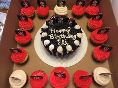 Cupcakes and cake for my cousin Eli's half birthday. Pirates