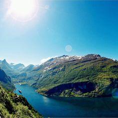 La Croisière : une des Plus Belles Façons de Découvrir les Fjords de Norvège   __________________________ #Seagnature#Croisière#Croisiere#Mer#Océan#Ocean#fleuve#fleuves#Navire#Paquebot#Navires#Paquebots#Croisières#Croisieres#Cruise#Cruises#Voyage#Voyages#Luxury#LuxuryCruise#LuxuryCruises#LuxuryTravel#Travel#AllInclusive#Sea#Luxe#Norvège#Norvege#Gastronomie