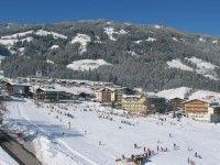 Fügen: Skiurlaub günstig buchen - genießen Sie Ihren #Winterurlaub im #Hotel Elisabeth in #Fügen im #Zillertal | Enjoy your winter #vacation in Hotel Elisabeth in the Zillertal in Fügen