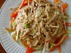 Pad Thai crudivegano  facebook.com/tusaludvegetariana  http://www.tusaludpr.com/page/pad-thai-crudivegano/  http://issuu.com/tusalud/docs/tu_salud_edicion_enero_2014