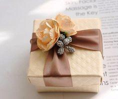Beautiful wedding favour box