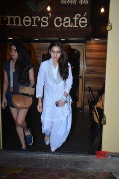 Mumbai: Sara Ali Khan seen at Mumbai's Bandra - Social News XYZ Sara Khan Pakistani, Ethnic Trends, Embroidery On Clothes, Hand Embroidery, Stylish Outfits, Fashion Outfits, Classy Suits, Dress Neck Designs, Sara Ali Khan