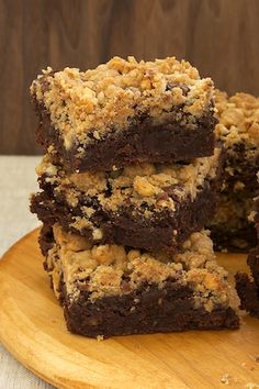 Use your favorite GFCF brownie recipe or ready made mix.  The streusel can be made with Earth Balance and your favorite GFCF flour.  I use Pamelas Artisan Flour.