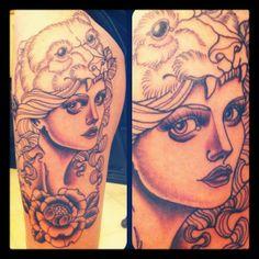 bear-lady-neo-traditional-tattoo
