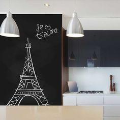 O papel de parede adesivo é recomendado para você que deseja decorar seu ambiente de acordo com as tendências, de forma prática e sem gastar muito.