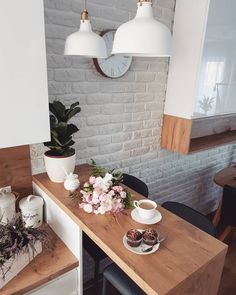 The Best Small Kitchen Design For Functionality And Beauty Kitchen Interior, Home Interior Design, Kitchen Decor, Exterior Design, Kitchen Plants, Kitchen Wood, Cuisines Design, Minimalist Decor, Apartment Design