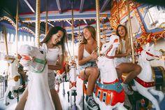 Bucket List: Visit an amusement park with my best friends Fair Pictures, Bff Pictures, Best Friend Pictures, Tumblr Bff, Tumblr Girls, Best Friend Fotos, Best Friend Bucket List, Best Friend Photography, Provocateur