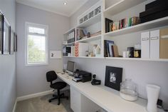 Queen St in Northcote Point - useful study nook