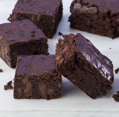 #Chocolate #Nutella #Brownies #glutenfree #dessert #recipe #food #eating #yummy #nutellalove #foodpic #dessertpic #delicious #Georgia #brainbalance #addressthecause http://www.glutenfreecanteen.com/2013/12/02/chocolate-nutella-brownies/